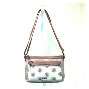 RELIC EVIE EAST/WEST CROSSBODY BAG